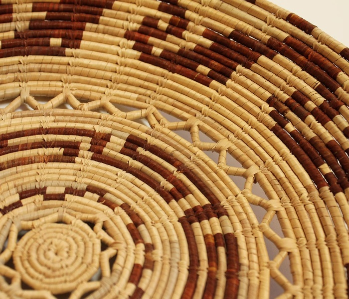 Visualizza la notizia: The Art of Weaving